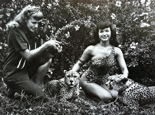bunny-yeager-bettie-page